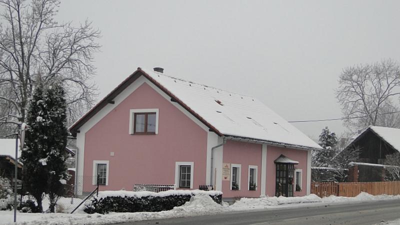 Lukáš Unger - Cukrárna v zimě